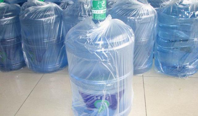 现在市场上桶装水的检验标准主要是qs认证